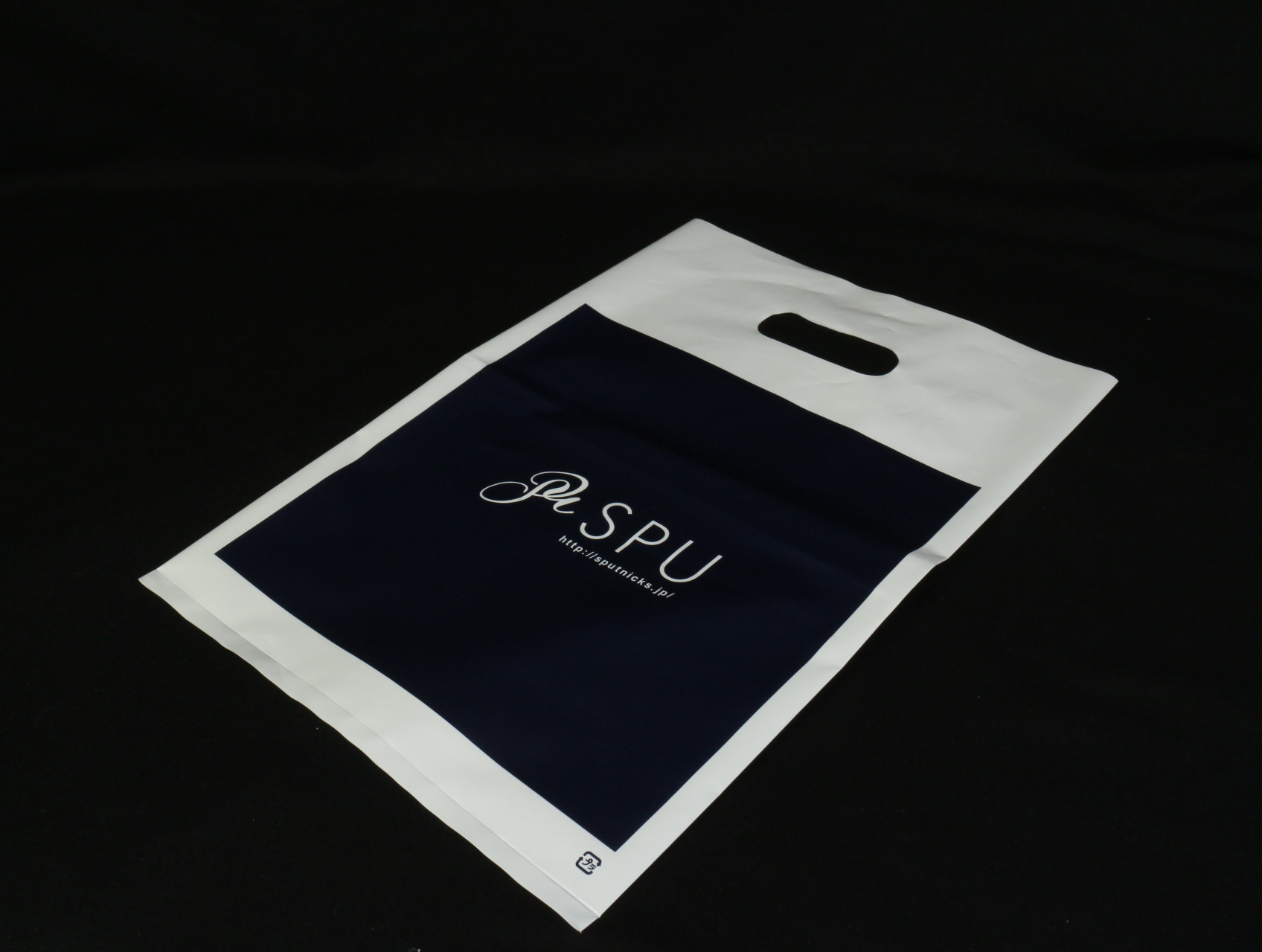 アパレルショップで使用するマット印刷ポリ袋